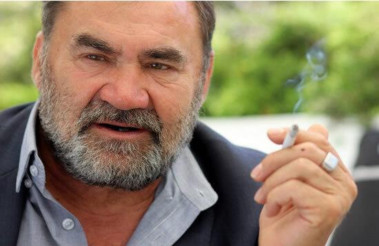 Морис Русель считает, что курение нисколько не вредит парфюмерам